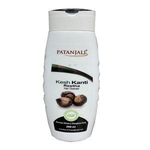 Шампунь Patanjali Kesh Kanti Reetha на основе экстракта мыльных орехов 200 мл